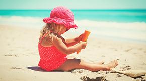 0c6216f33bb Er det ved at være tid til ferie? Der findes mange ting som kan være  praktiske at overveje inden man rejser med børn eller mens man er gravid.