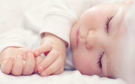 ruhig schlafendes baby