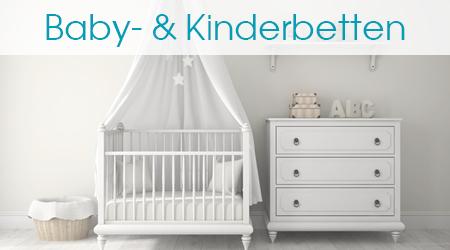 Babybett und Kommode