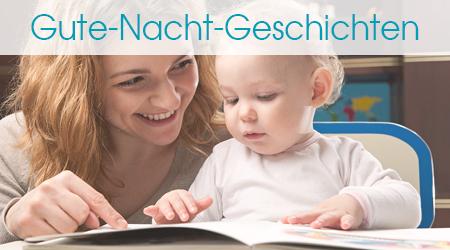 Mutter liest dem Baby eine Geschichte vor und zeigt auf das Buch