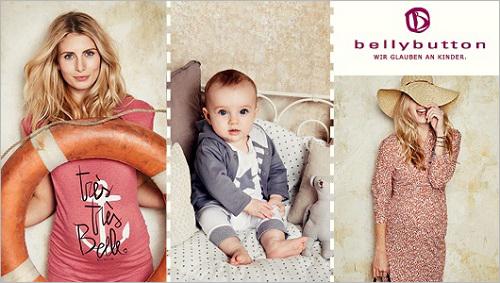 Zwei Schwangere in Umstandsmode von Bellybutton und sitzendes Baby in der Mitte