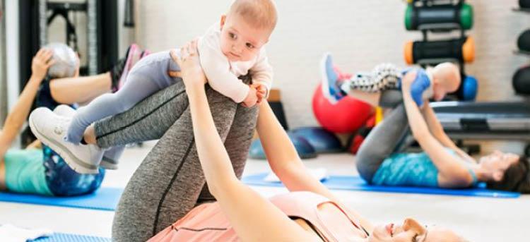Kurs mit Baby nach der Entbindung