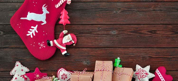 Nikolausstrumpf mit Geschenken