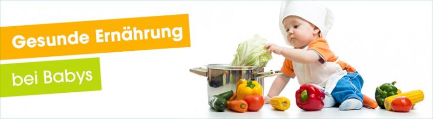 Kind mit Kochmütze - Gesunde Ernährung bei Babys