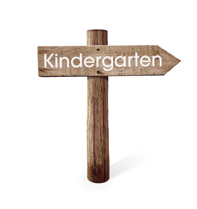 Wegweiser mit Kindergarten