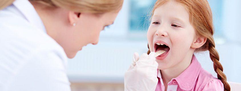Mandelentzündung Arztbesuch Kind