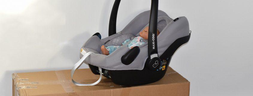 MAXI COSI Babyschale Rock Nomad Grey auf babymarkt.de-Karton