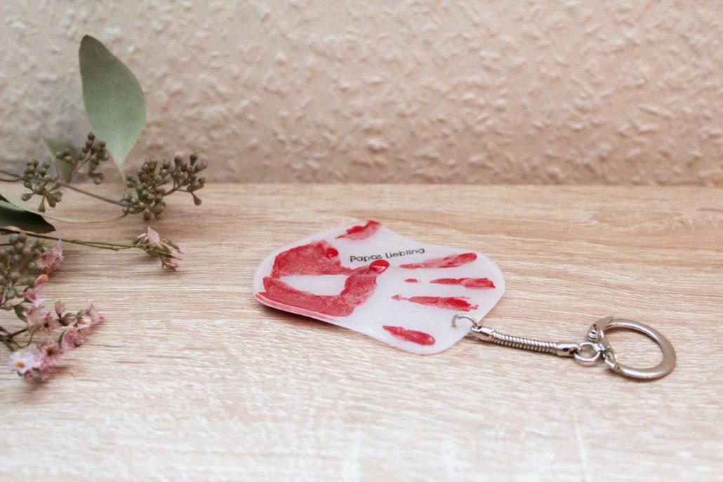 Schlüsselanhänger mit Baby-Handabdruck