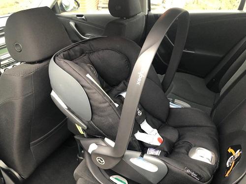 cybex PLATINUM Babyschale Cloud Z i-Size Victory im Auto