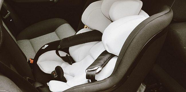 hauck Kindersitz iPro Kids inkl. iPro Base im Auto