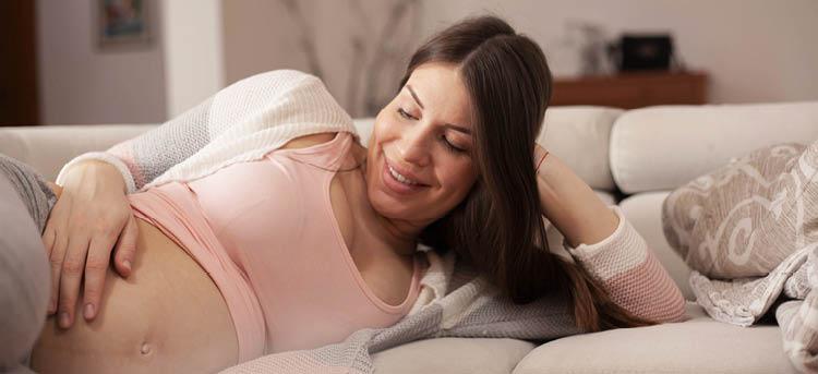 Linea Nigra Schwangerschaftsbauch