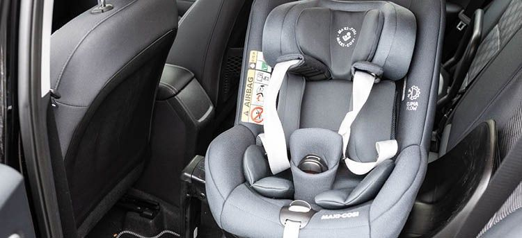 MAXI COSI Kindersitz Stone i-Size Einstieg vertikal